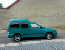 VW Caddy instalace protislunecni autofolie Llumar ATR5